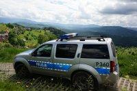 radiowóz w górach